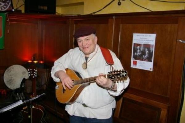foh-hans-landau-mandola-mandoline-und-gitarre7A13CFFF-3C91-3E52-2603-BB0BA08FB678.jpg