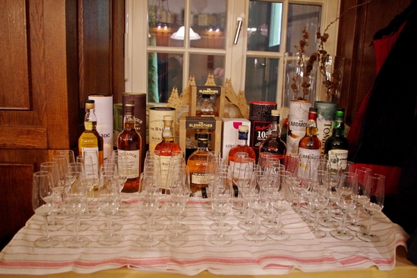 whisky-2020-799FD336A-5F3D-6315-2CE0-6E5B53714F80.jpg